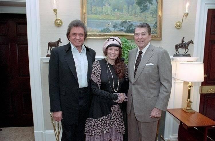 Johnny Cash Meets Ronald Reagan
