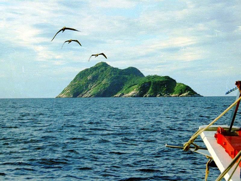 Snake Island Tiny Islands