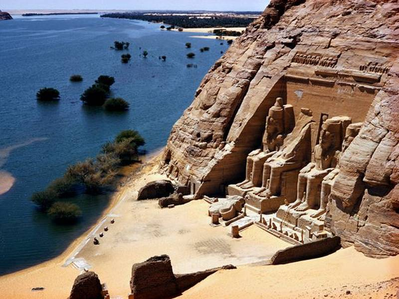 Iconic National Geographic Photos Ramses Temple