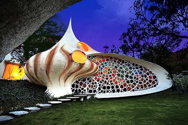 Seashell Mexico City Weirdest Houses