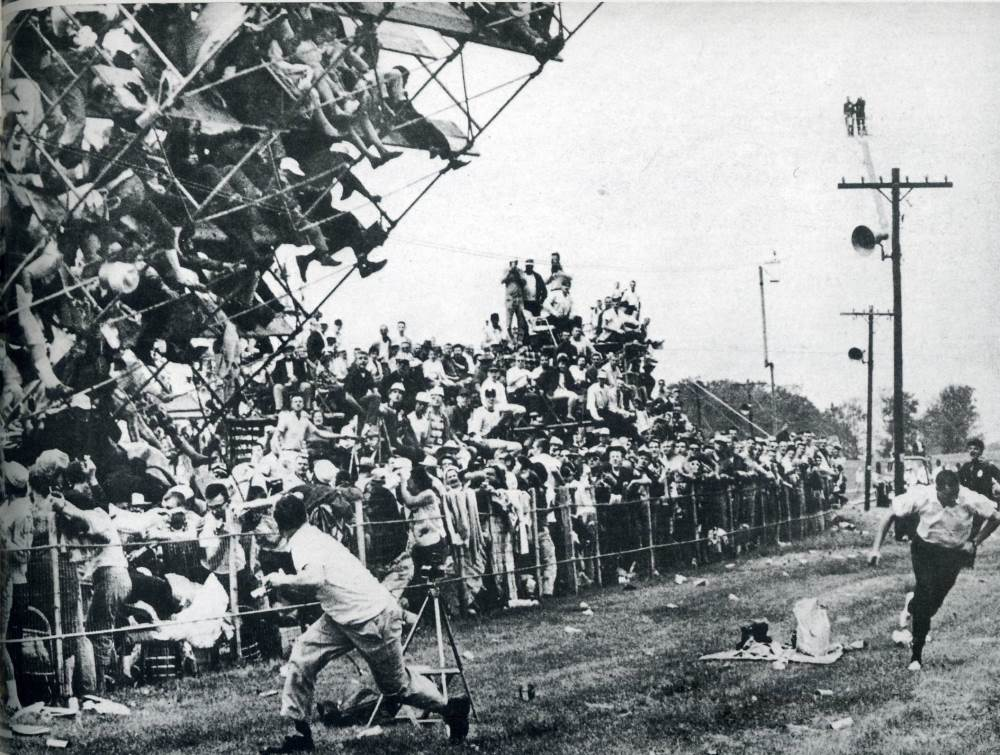 grandstand collapse indianapolis 500 1960 A Terrible Race