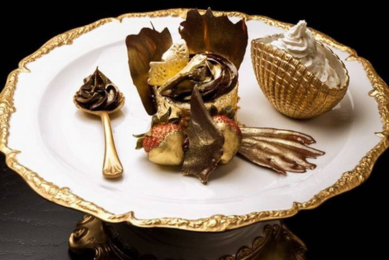 Incredibly Expensive Dishes Cupcake 3