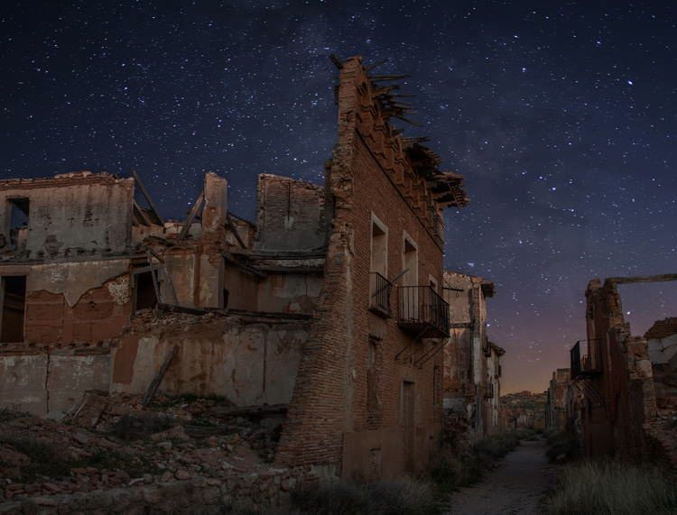 mystifying ghost towns belchite 3