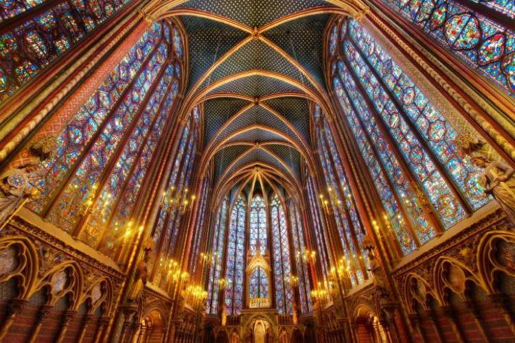 Magnificent Stained Glass Sainte Chapelle 3