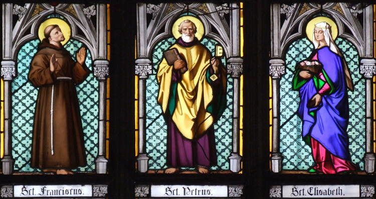 Magnificent Stained Glass St Vitus 3