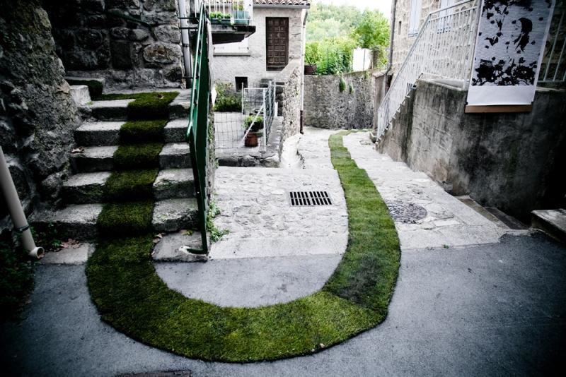 Moss Graffiti Pathway