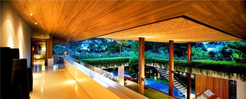 Beautiful Pools Tangga House Singapore