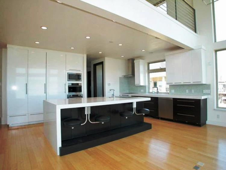 Beautiful Modern Kitchen Design