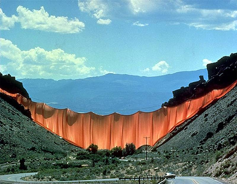 Incredible Christo Works Valley 3
