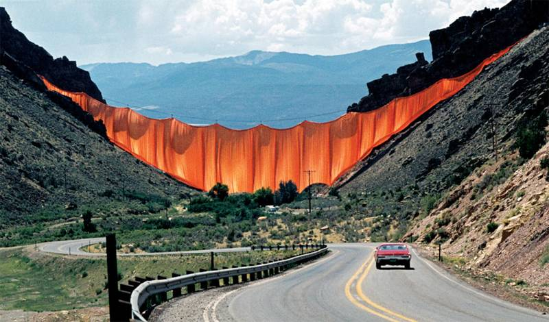 Incredible Christo Works Valley 4