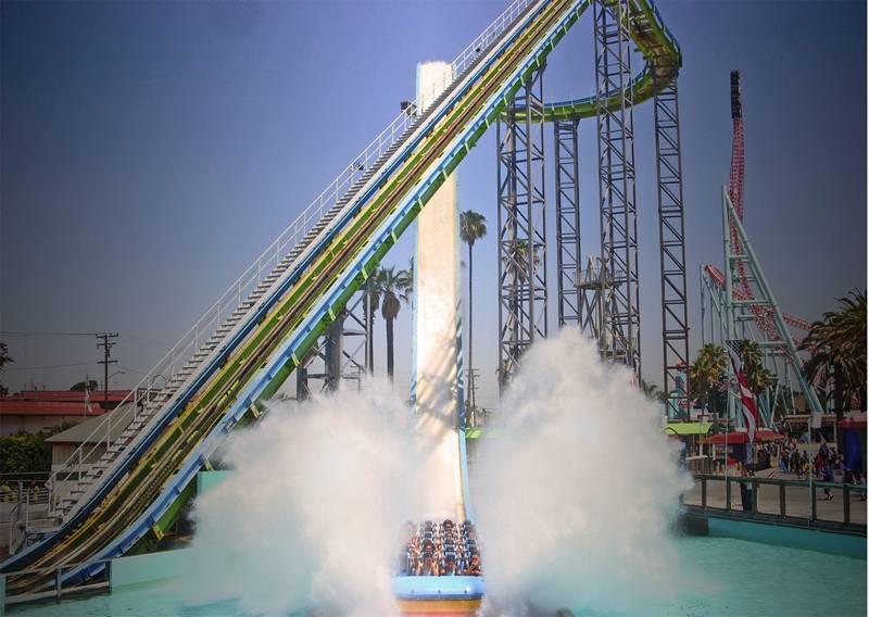 Four Dangerous Theme Park Rides Plunge 3