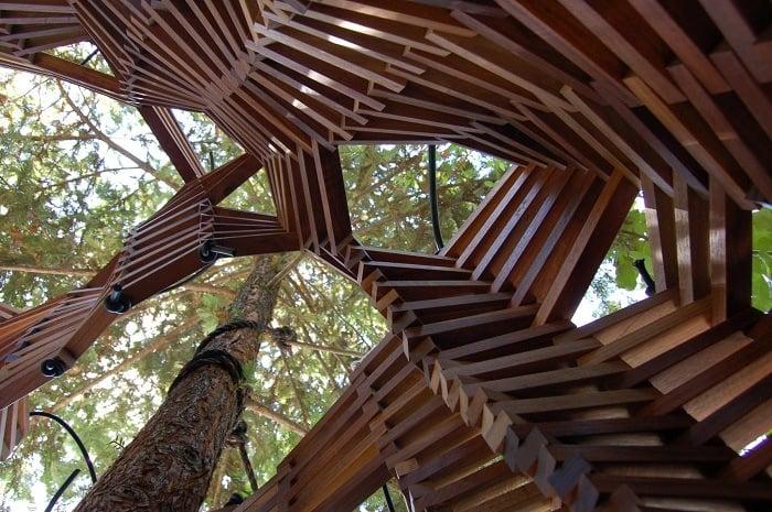 Green Design Magic Tree Fort