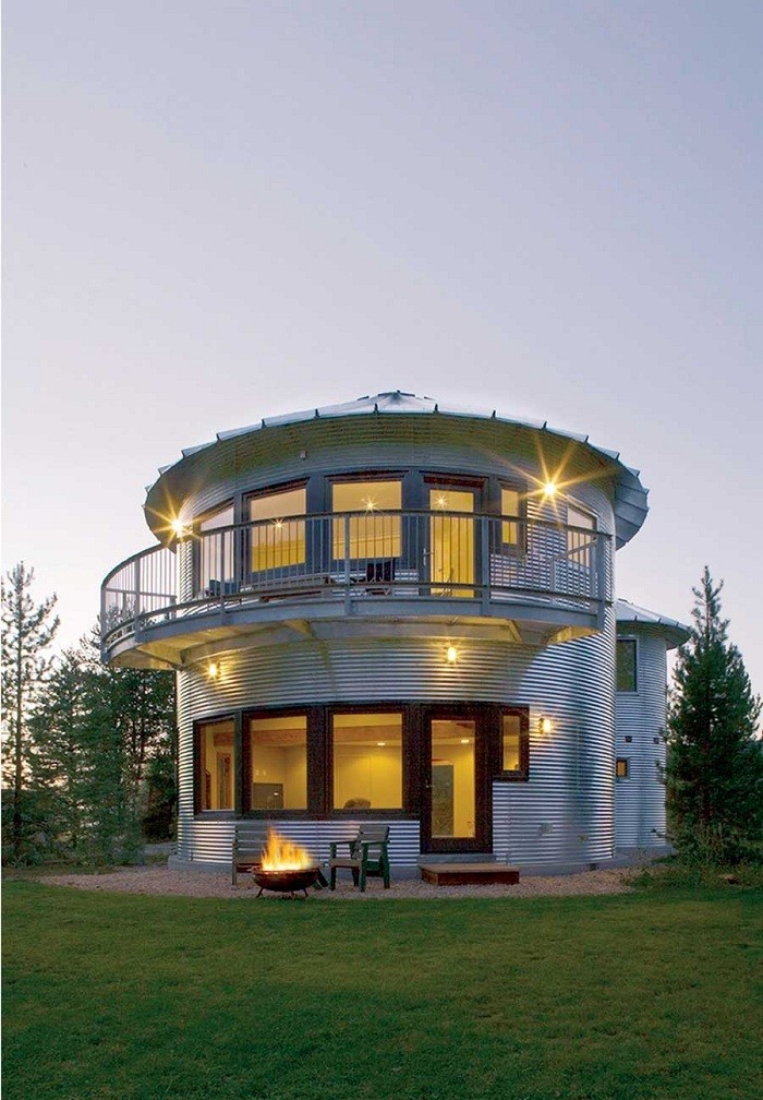 Green Design Reuse Silo House