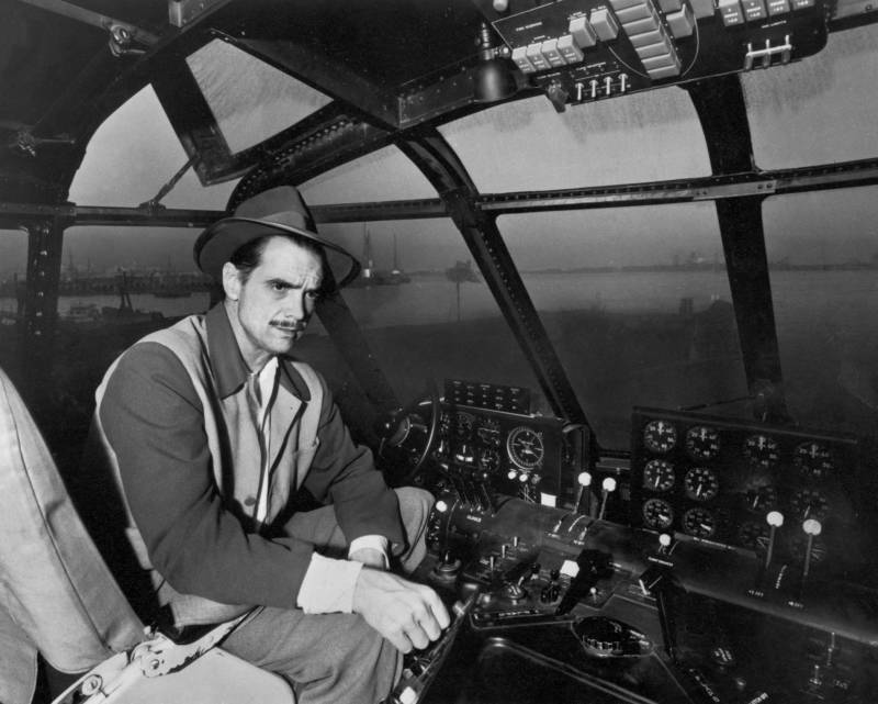 Howard Hughes In The Spruce Goose