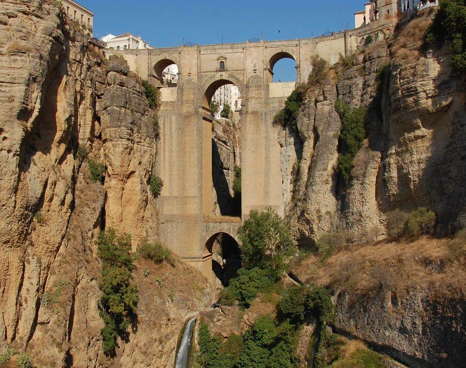 Pueblos Blancos Bridge