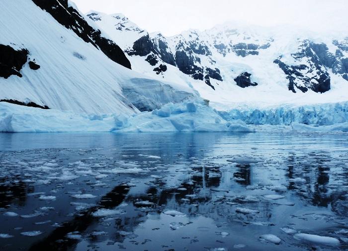 Stunning Glaciers Antarctica