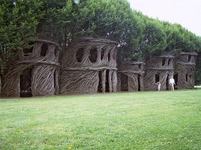 Patrick Dougherty Just Around the Corner