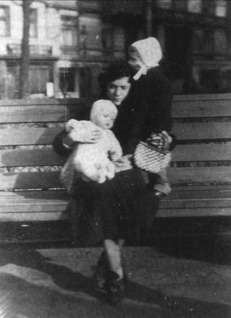 August Landmesser Irma Kids