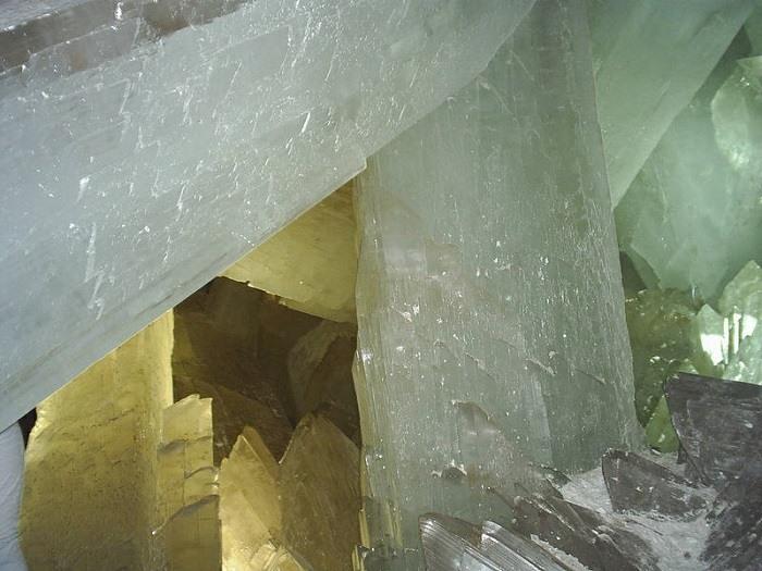 La Cueva de los Cristales Photographs