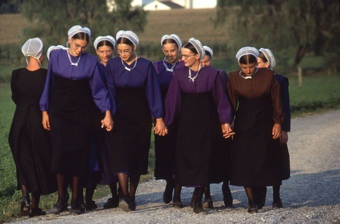 Coming Of Age Traditions Amish Women