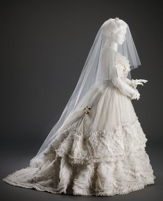History Of Wedding Gowns 1