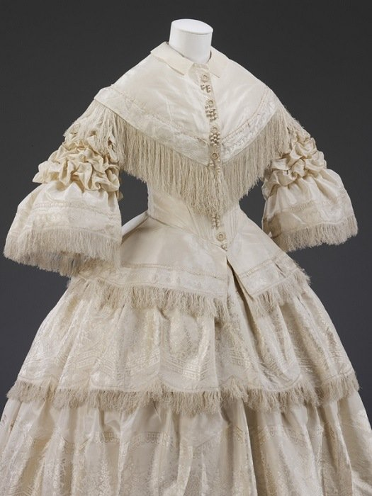 History Of Wedding Gowns 1857