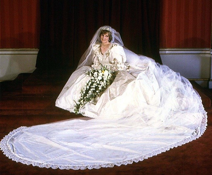 History Of Wedding Gowns Princess Diana