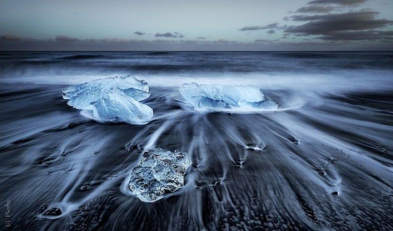 Turquoise Icebergs 1