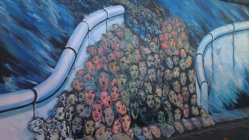 Lovely Berlin Wall Art Many Faces Part 27
