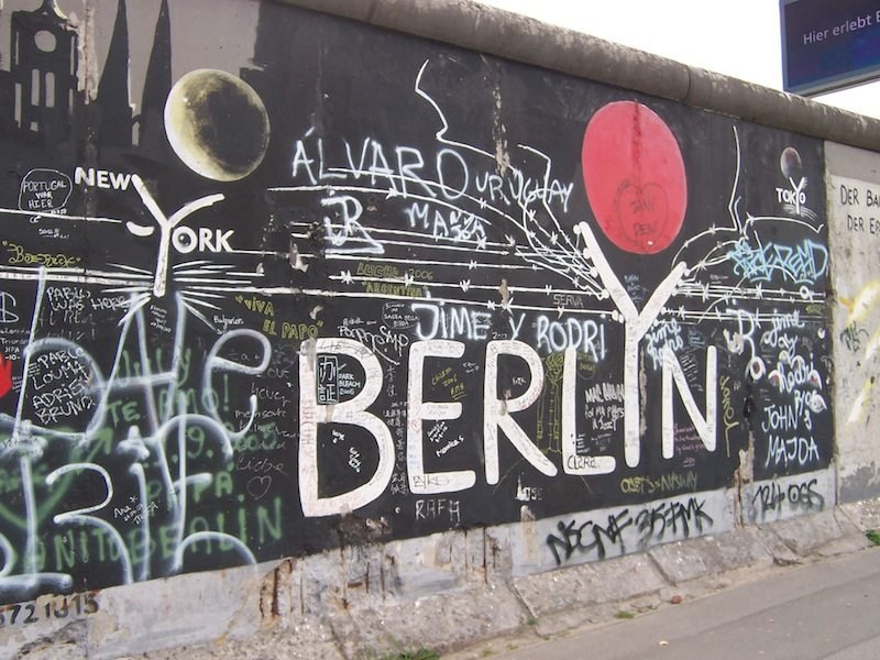 the astounding artwork of the berlin wall