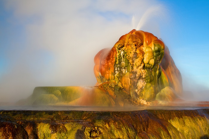 Spectacular Geyser In Nevada