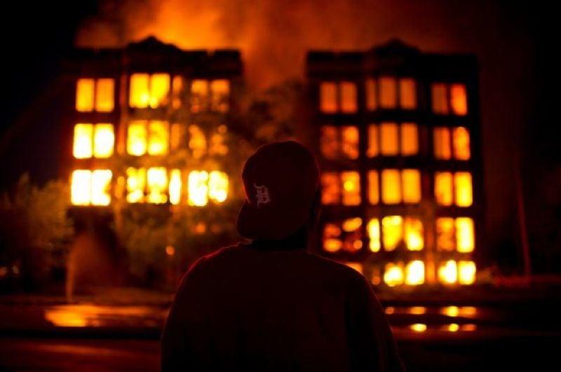 Abandoned Detroit Burning