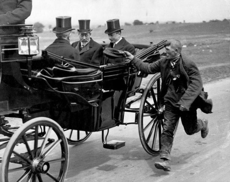 Beggar With King George V