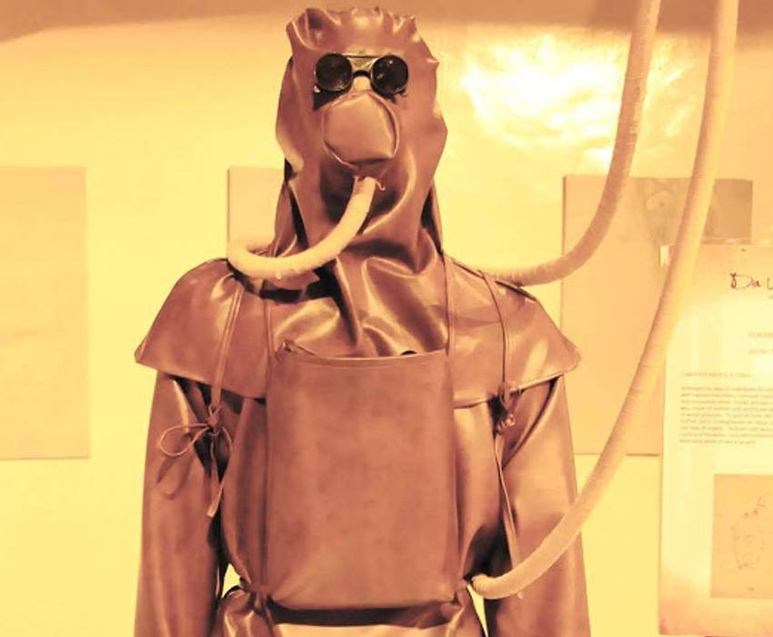 leonardo da vinci diving suit - photo #5