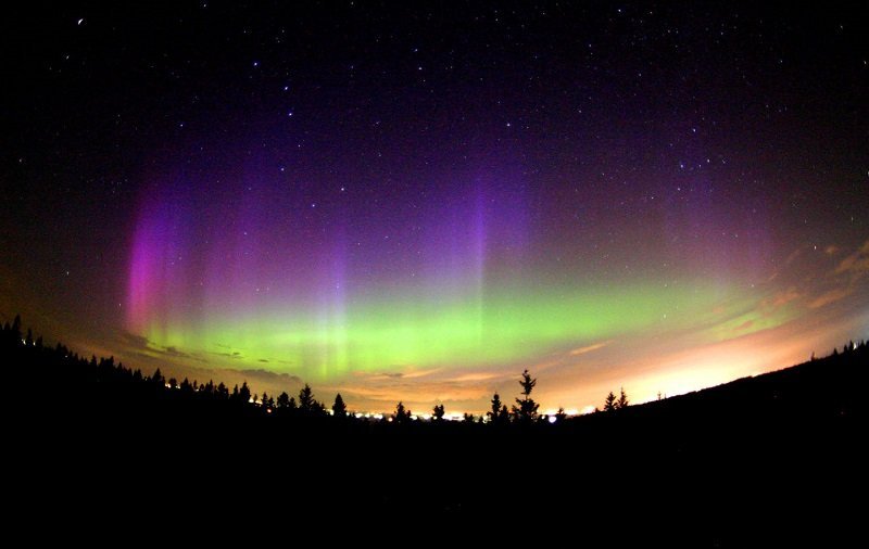 Northern Lights Purple Hue