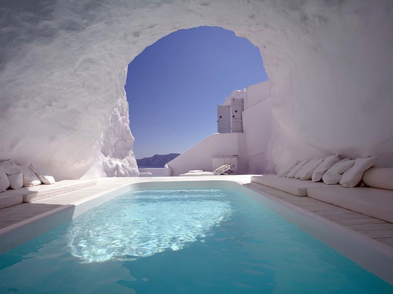 Santoroni Pictures White Hotel