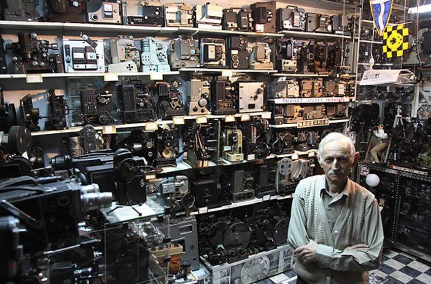 Dimitris Pistiolas Movie Cameras