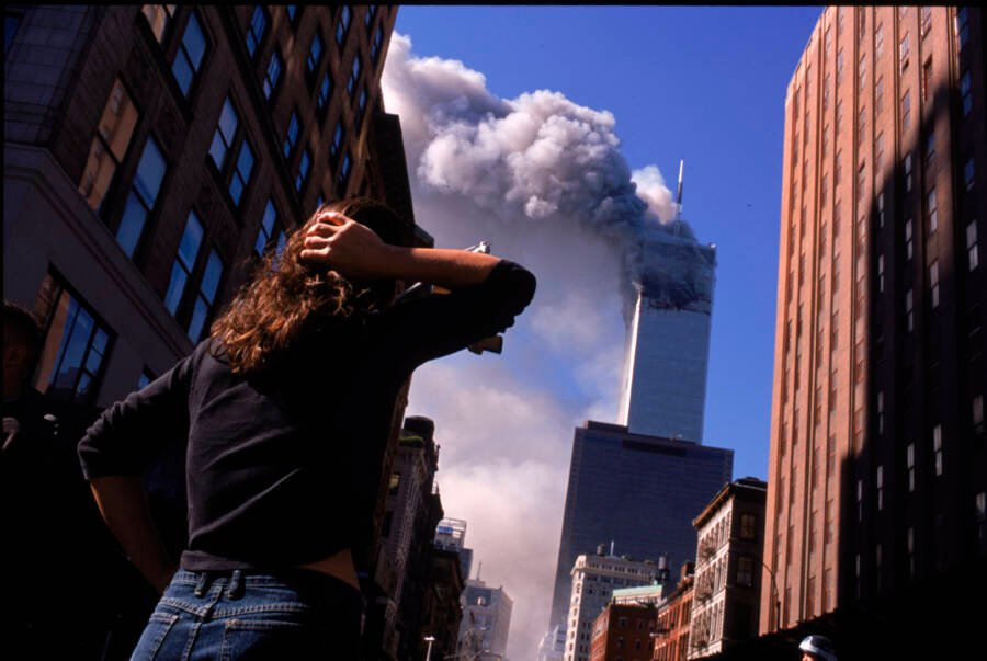9/11 Pictures Of Towers Smoldering