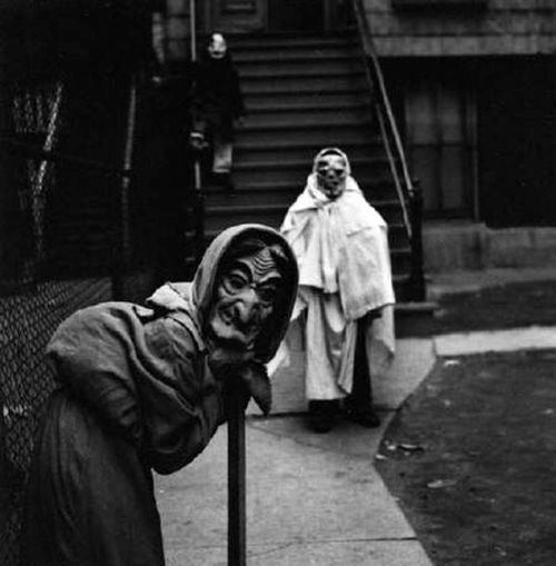 Creepy Halloween Costumes From The Early 20th Century