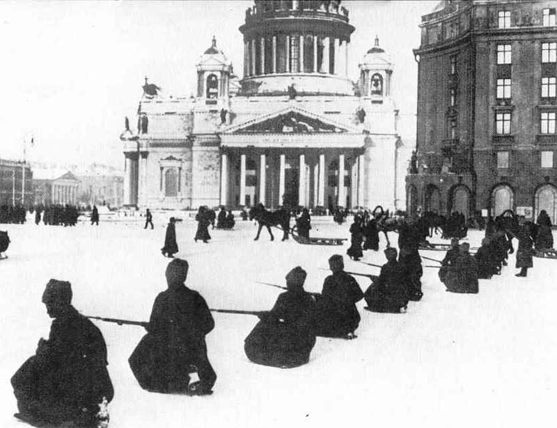 Russian Revolution Soldiers Kneel