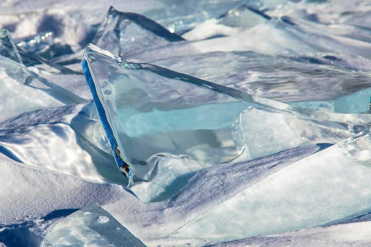 Turqoise Ice