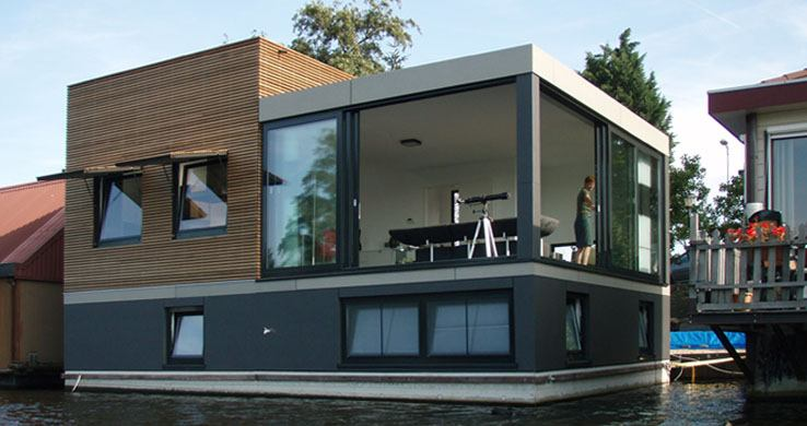 Water Studio House