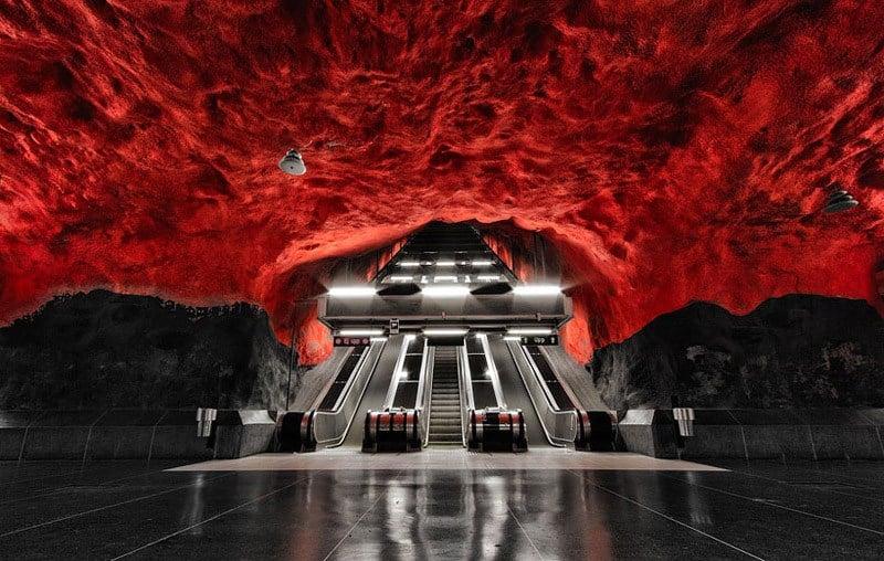 Stockholm Metro Crimson Storm