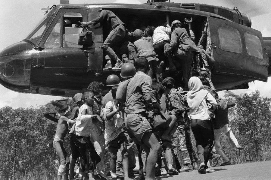 Civilians Troops