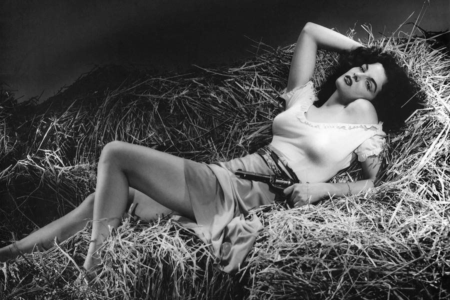Jane Russell Bw