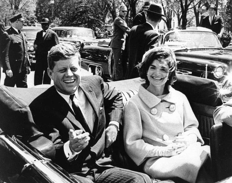John F Kennedy And Jacqueline Kennedy Onassis
