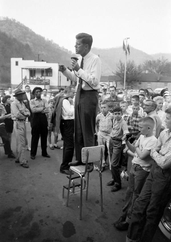 John F Kennedy Campaigning