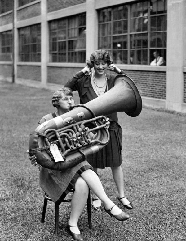 Women Tuba Bw