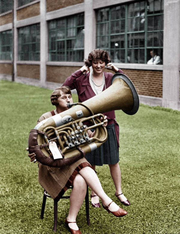 Women Tuba Color
