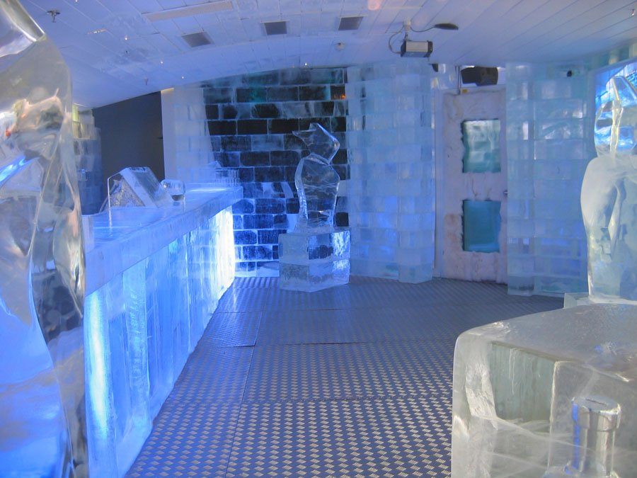 Ice Bars Stockholm Serving Area